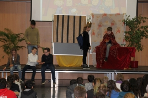 20171222 Weihnachts Assembly 014