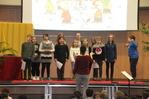20171222 Weihnachts Assembly 021