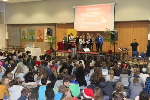 20171222 Weihnachts Assembly 023