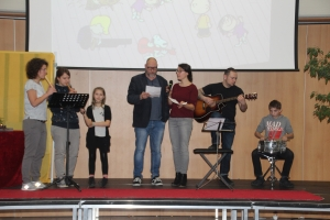 20171222 Weihnachts Assembly 040